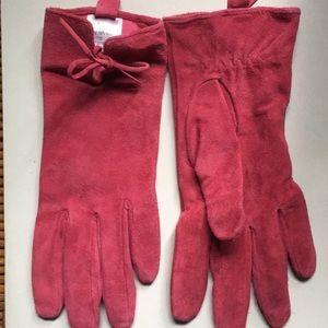 Isaac Mizrahi pink suede gloves Medium